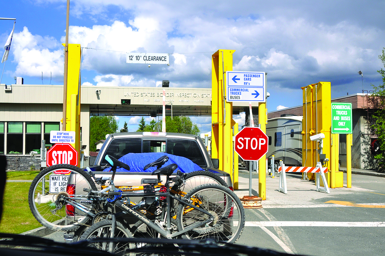 U.S. Customs & Border Protection Port Alcan crossing on the Alaska Highway. (Sharon Nault Photo)